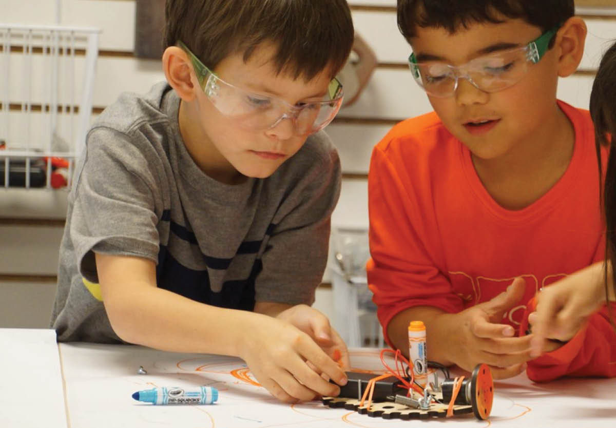 Mark Day School is Partnering with Tinkering School